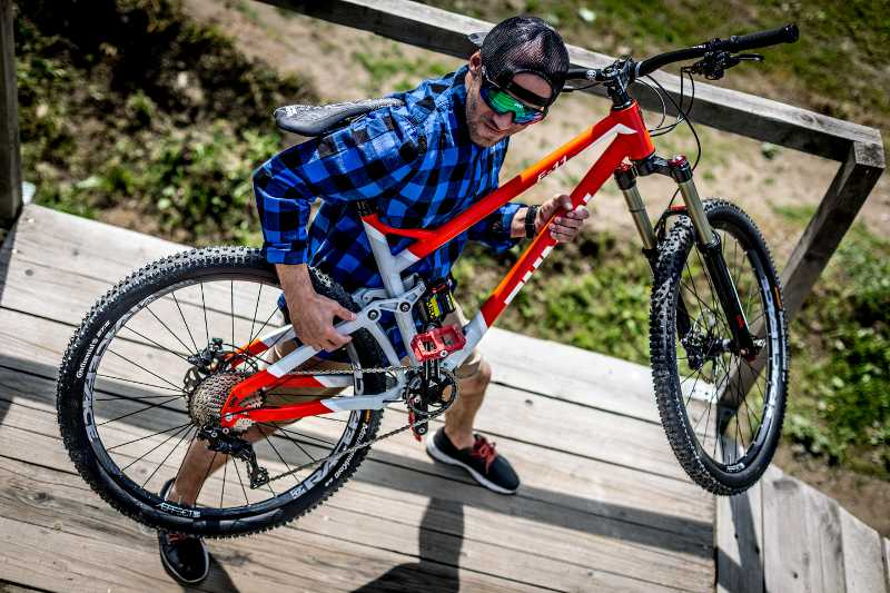 Zumbi Cycles rower enduro