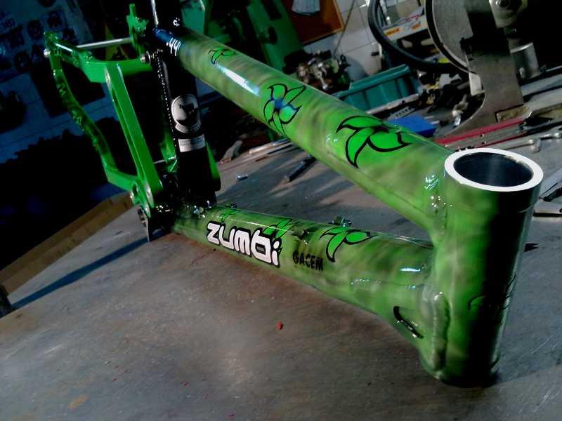 f44 custom zumbi